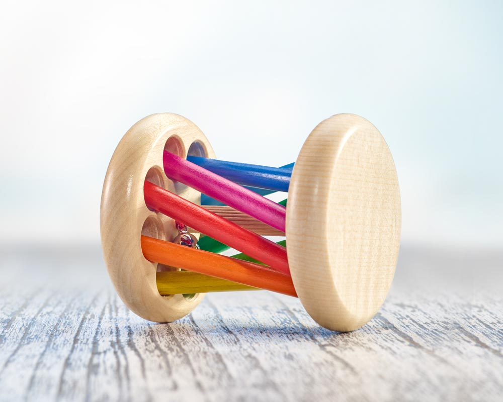 selecta Mikado Wooden Rattle Toy