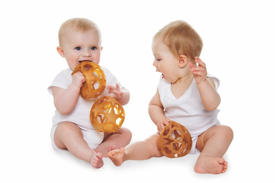 Squeezable rubber star ball for babies