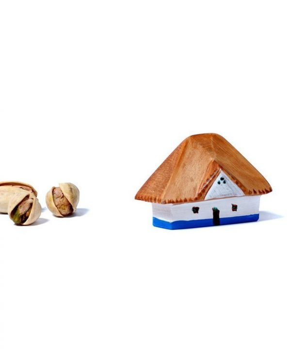 bumbu small wooden house sized